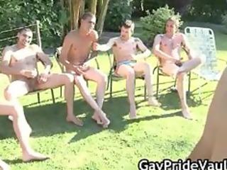 outdoor homo group sex engulf fest part3