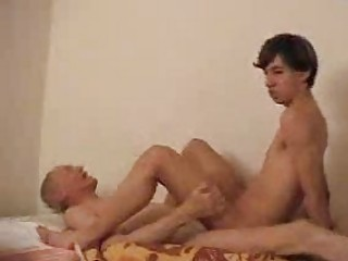juvenile gay rides his daddys stiff boner on couch