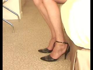 natasha in ff nylons shows her sweety nyloned feet