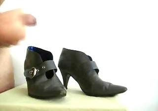 cum on friend grey boots