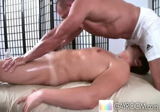 gayroom tissue massage